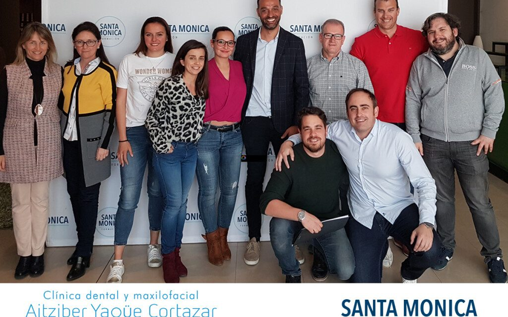 https://aitziberyaguecortazar.com/wp-content/uploads/2021/03/curso-coaching-odontologos-gestion-clinica-1-1024x768-1-1024x640.jpg